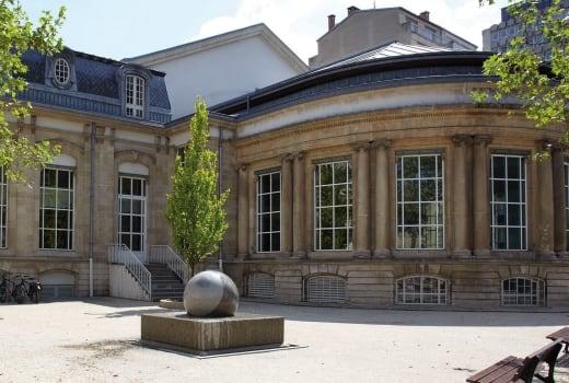 Badanstalt piscine municipale et centre relaxation Luxembourg