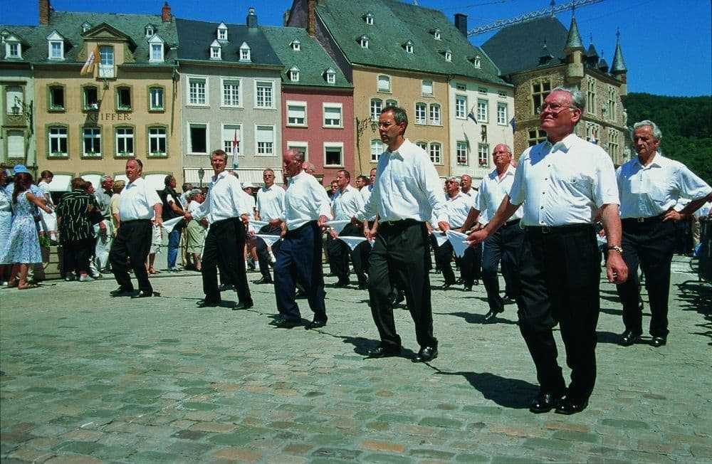 Sprangpressessioun – Dancing procession of Echternach