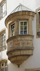 Devise Luxembourg Mir wolle Bleiwen