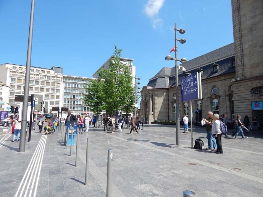 Devant la Gare de Luxembourg