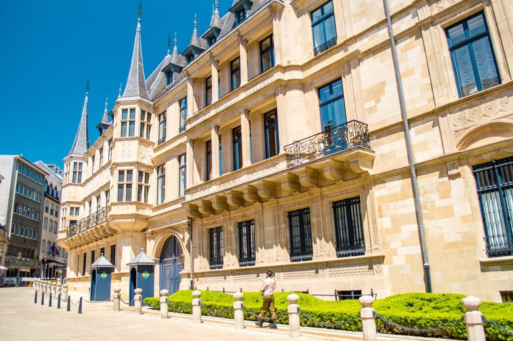 Grand Foyer Palais Du Luxembourg : Palais grand ducal histoire et visites city open air